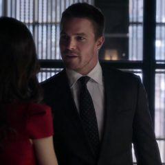 Arrow season 2 screenshot 3