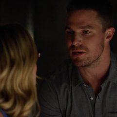 Arrow season 4 screenshot 2