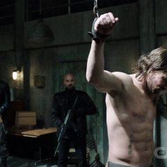 Arrow season 5 screenshot 1