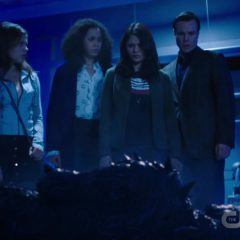 Charmed Season 2 screenshot 1