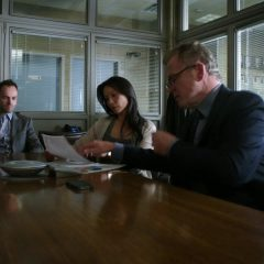Elementary Season 2 screenshot 5