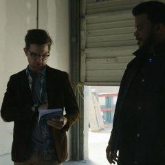 Ghosted Season 1 screenshot 8