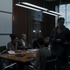 Killing Eve Season 1 screenshot 10