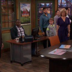 Last Man Standing Season 6 screenshot 7