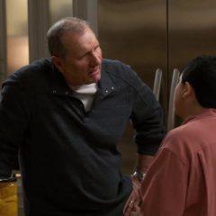 Modern Family Season 11 screenshot 7