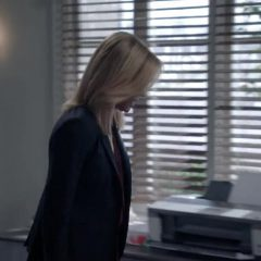 Modern Family Season 11 screenshot 2