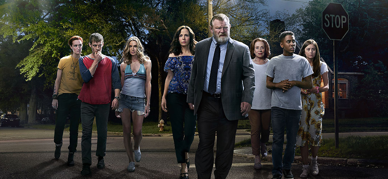 Mr. Mercedes Season 1 tv series Poster