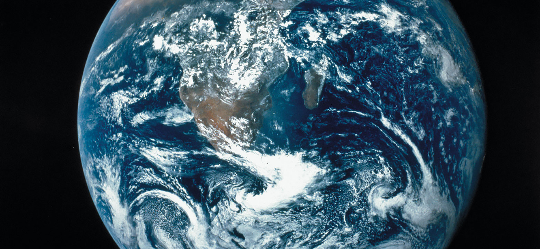 Planet Earth Season 1 tv series Poster