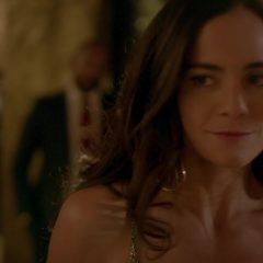 Queen of the South Season 1 screenshot 2