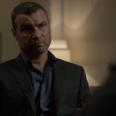 Ray Donovan season 4 screenshot 7