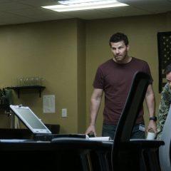 SEAL Team Season 3 screenshot 1