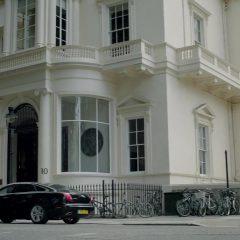 Sherlock Season 3 screenshot 6