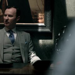 Sherlock Season 2 screenshot 7