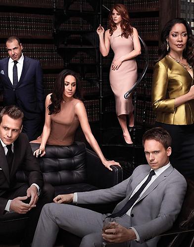 Suits Season 4 poster