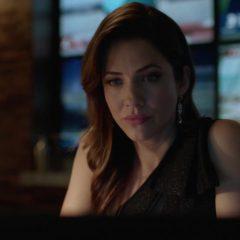Supergirl Season 5 screenshot 7