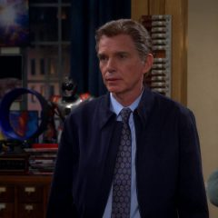 The Big Bang Theory Season 8 screenshot 2