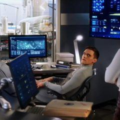 The Flash season 4 screenshot 7