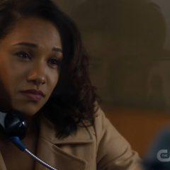 The Flash season 4 screenshot 5
