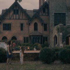 The Haunting of Hill House Season 1 screenshot 5