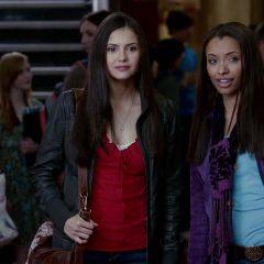 The Vampire Diaries  Season 2 screenshot 3