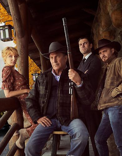 Yellowstone Season 2 poster