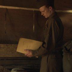 Catch-22 Season 1 screenshot 4