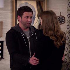 Merry Happy Whatever Season 1 screenshot 8