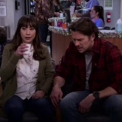 Merry Happy Whatever Season 1 screenshot 3
